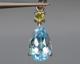 Natural Blue Topaz and Peridot  10.27 Cts Silver Pendant