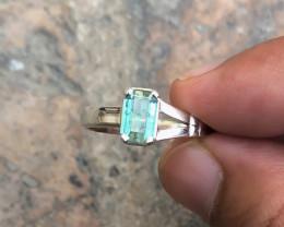 18 Ct Natural Blueish Transparent Tourmaline Gemstone Ring