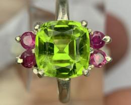 Hand made Natural Peridot and Ruby ring.