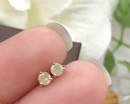Stylish Natural Diamond  Sterling  Silver Earring