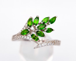 Natural Chrome Diopside Ring