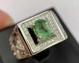 Natural Emerald gents Ring.