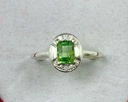 Natural 9.900 Carats green tourmaline 925 Silver Ring