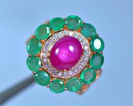 Natural 12 Pis Emerald ,hexagonal Ruby ,CZ 925 Silver Amazing Ring