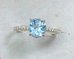 Natural 12.00 Carats Blue Round Topaz 925 Silver Ring