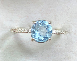 Natural 13.60 Carats Round Blue Topaz  925 Silver Ring