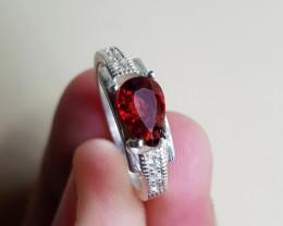 Natural Rhodolite Garnet 16.50 Carats 925 Silver Ring