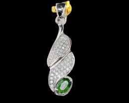 0.41ct. Glamorous Natural Tsavarite Garnet Gemstone Silver925Pendant.DTS278