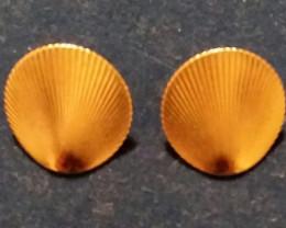MONET EARRINGS GOLD CLIP ON 1950'S CIRCA ROUND SWIRL NICE!