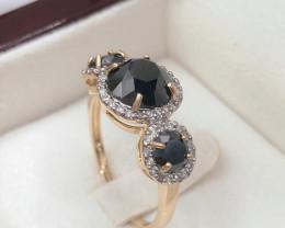 Halo Three stone Black diamond, cluster white diamond 9KYellow gold Ring