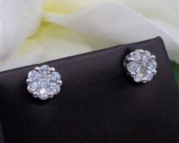 1.00 Cts white diamond Classic style cluster 14K gold Earring