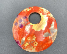 Beautiful European Design, Natural Shell With Paint Coated Pendant. Sh-5939