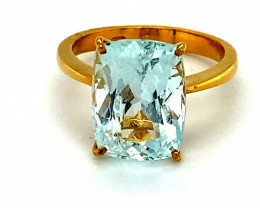 Aquamarine 6.15ct Solid 22K Yellow Gold Ring