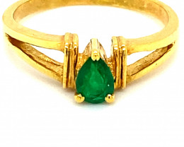 Columbian Emerald .52ct Solid 18K Yellow Gold Ring