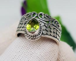 Natural Green Peridot 20.20 Carats Hand Made Ring