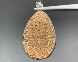 Beautiful Shinny Druzy Agate Pendant. Dz-588