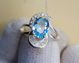 Natural Blue Topaz 17.15 Carats 925 Silver Ring