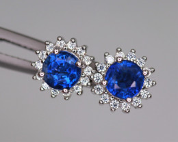 Attractive Natural Kyanite, CZ & 925 Fancy Sterling Silver Earring
