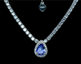 0.77ct.Enticing Natural Tanzanite Gemstone Silver925 Necklace.DTZ312