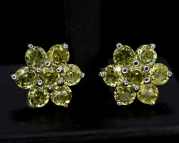 AAA Natural Green Peridot  Silver earring 12.20 Cts