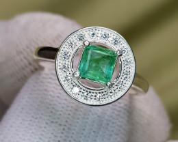 Natural Green Emerald 17.00 Carats 925 Silver Ring