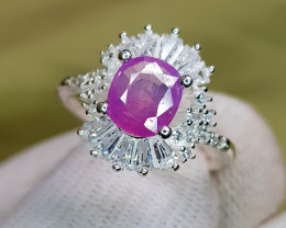 Natural Kashmir Sapphire 12.60 Carats 925 Silver Ring