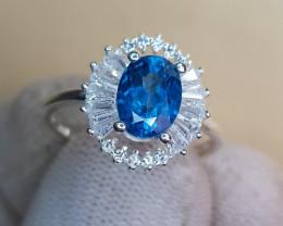 Natural Blue Topaz 12.20 Carats 925 Silver Ring