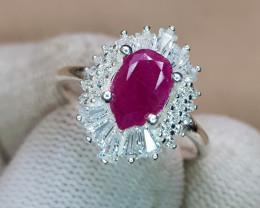Natural Ruby 13.40 Carats 925 Silver Ring