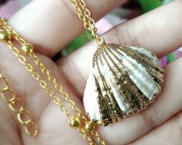 Natural Beautiful Seashell Gold Plated Handmade Pendant Unheated
