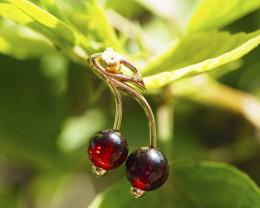 14k gold Cherry pendant with garnets and diamond