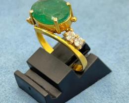 18k Gold Ring | Natural Zambian Emerald | Natural Daimond |