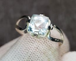 Natural Aquamarine 9.50 Carats Hand Made Ring