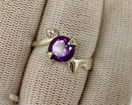 Natural 18.00 Carats purple amethyst 925 Silver Ring