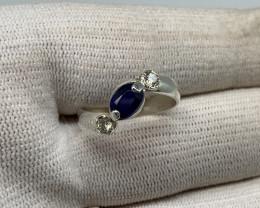 Natural 14.00 Carats Royal blue sapphire 925 Silver Ring