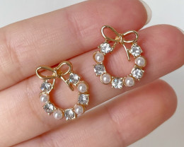 Natural Pearl Small Bowknot Earring E06