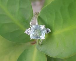 Beautiful Natural Aquamarine Gems Ring