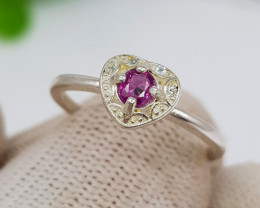 Natural Kashmir Sapphire 8.15 Carats 925 Silver Ring