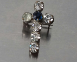 VINTAGE RIVETED CROSS PIN / BLUE AND CLEAR STONES NO RESERVE