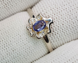 Natural Blue Sapphire 8.10 Carats 925 Silver Ring