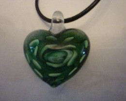 CORD NECKLACE WITH A GLASS HEART PENDANT