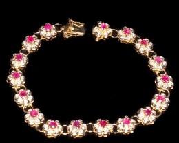 $1 No Reserve! Amazing 9 CT Ruby Diamond 18K Bracelet $815