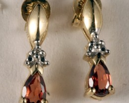 10K Gold Earring set with genuine Garnet & Diamond SE-108