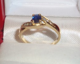 GENUINE DIAMONDS AND SAPPHIRE RING  IN 14K Y/GOLD  SZ 7