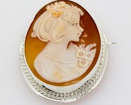 Cameo Brooch or Pendant