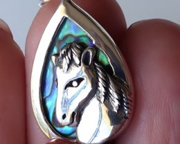 STERLING SILVER HORSE PENDANT WITH NEW ZEALAND ABALONE PAUA