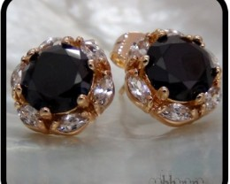 Flower studs with Onyx and Topaz 18K N/R