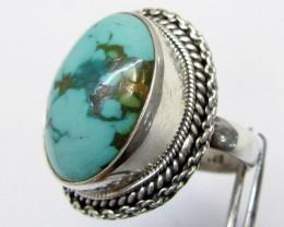 Beuatiful  Turquoise Ring Size   9  MJA 351