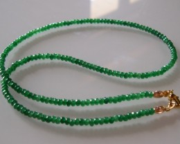 VERY NICE NATURAL EMERALDS AND GOLD NECKLACE 55 CMS