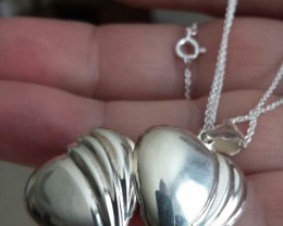 925 STERLING SILVER HEART LOCKET PENDANT /; CHAIN SET