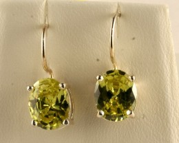 Sterling Silver Earring With created Peridot Gem SE-02